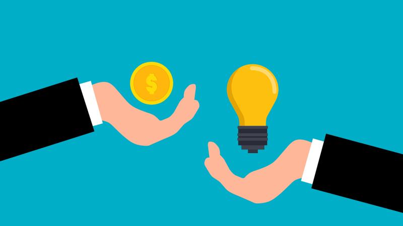 desenho mão com dinheiro e outra com uma lâmpada. Startups