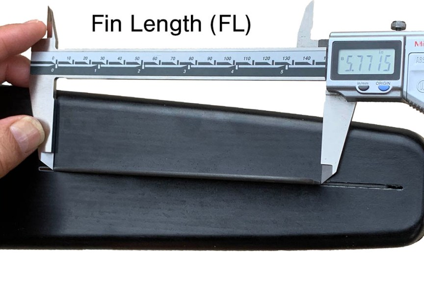 Measuring Fin Length FL