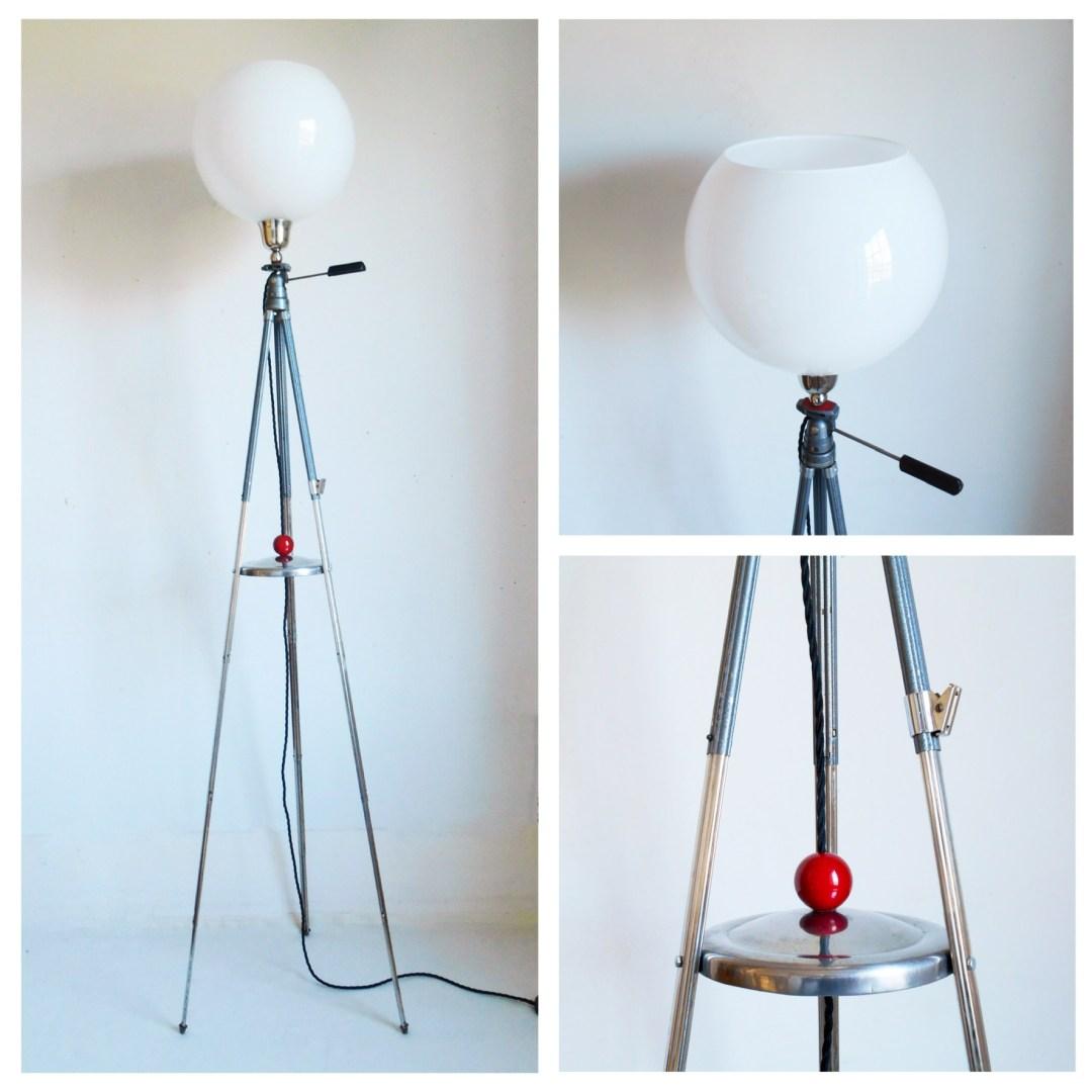 Adjustable tripod lamp