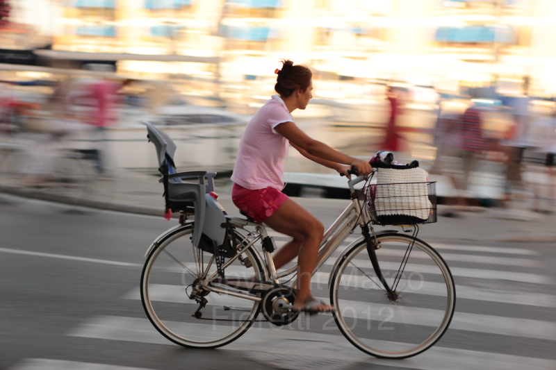 Bicicletta bicycle panning