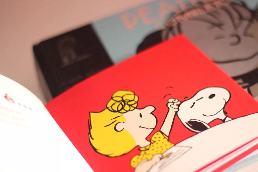 Pilha de livros do Snoopy