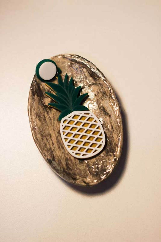 Brinco de acrílico de abacaxí