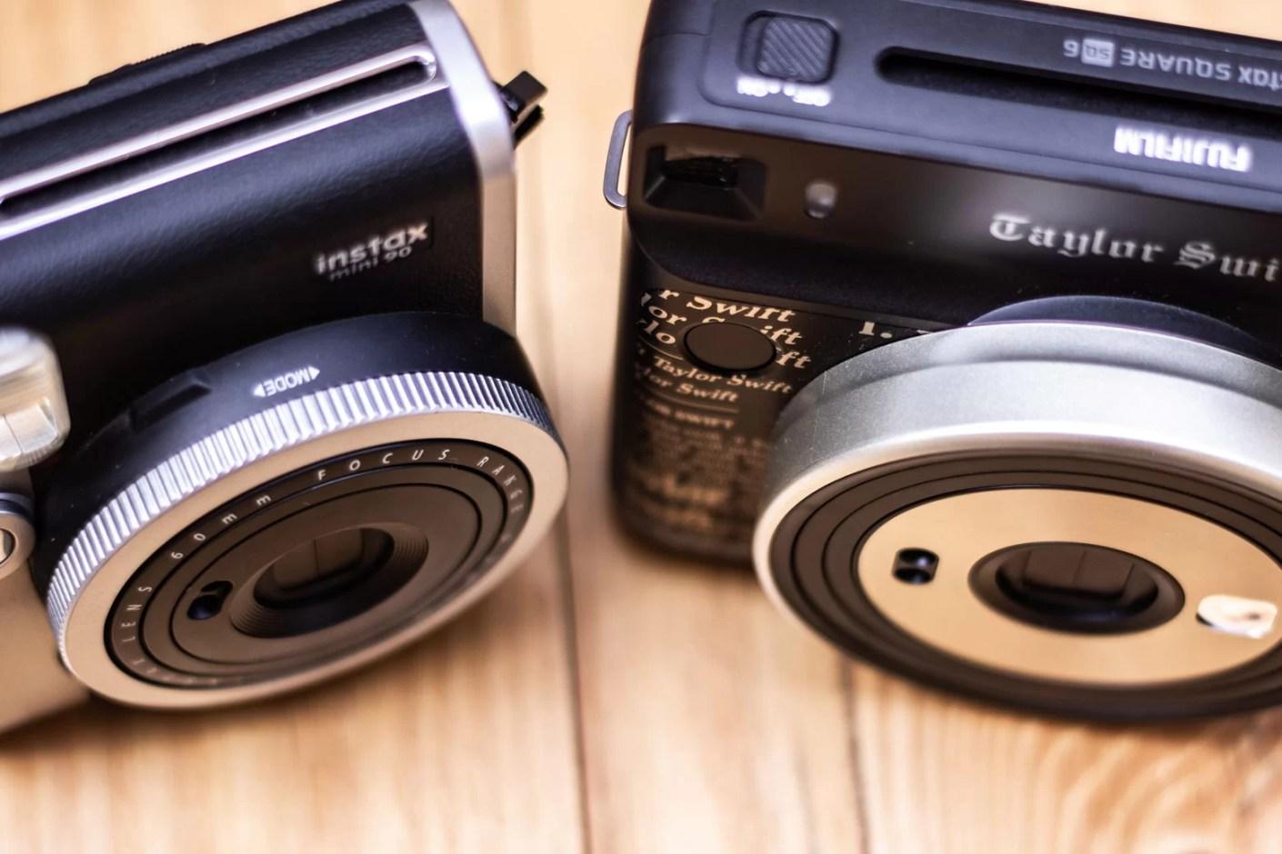 As duas câmeras Instax da FujiFilm
