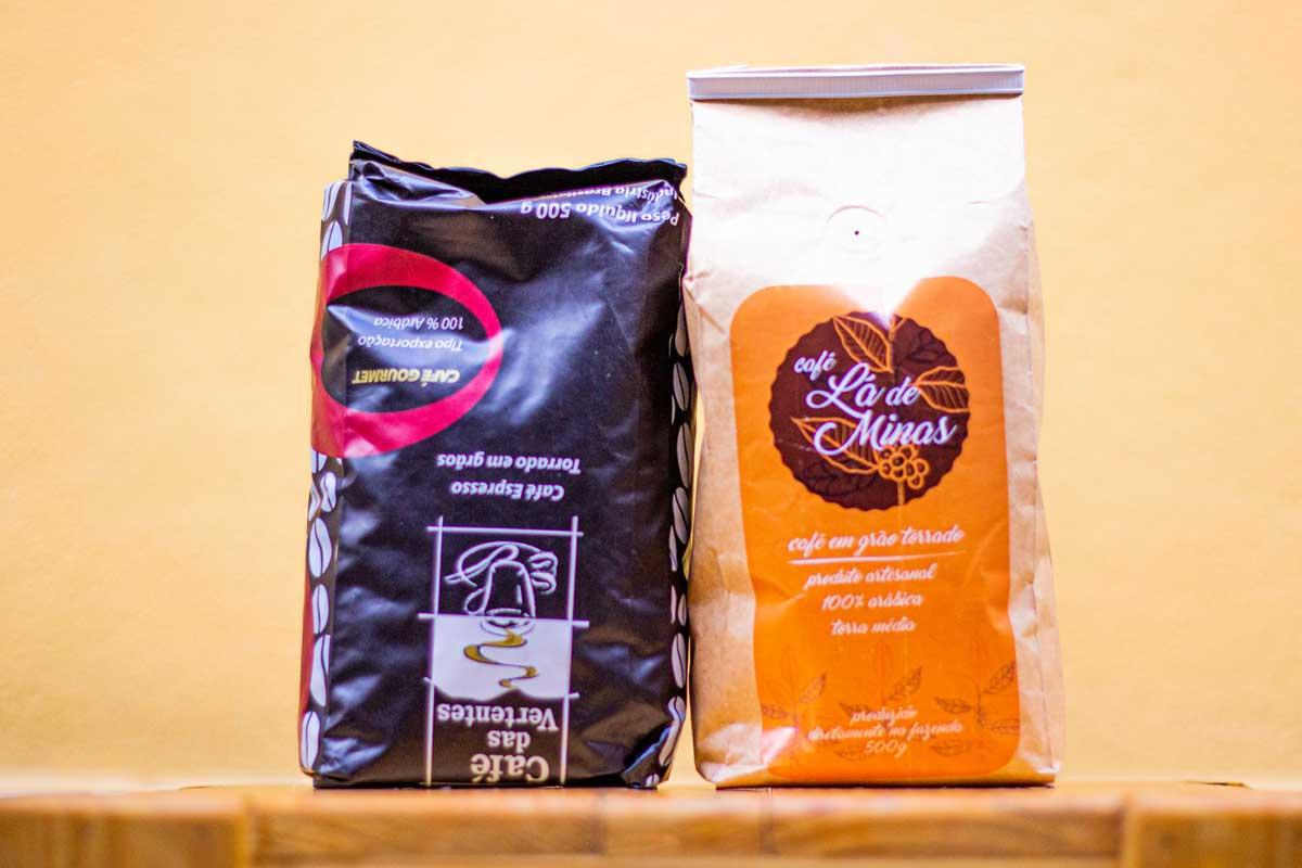 Saco de 250g de café em grão