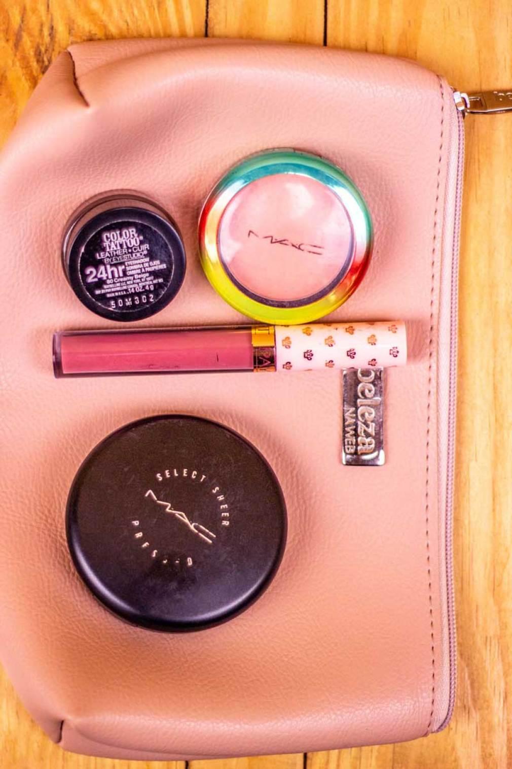 Meus produtos da necessaire básica