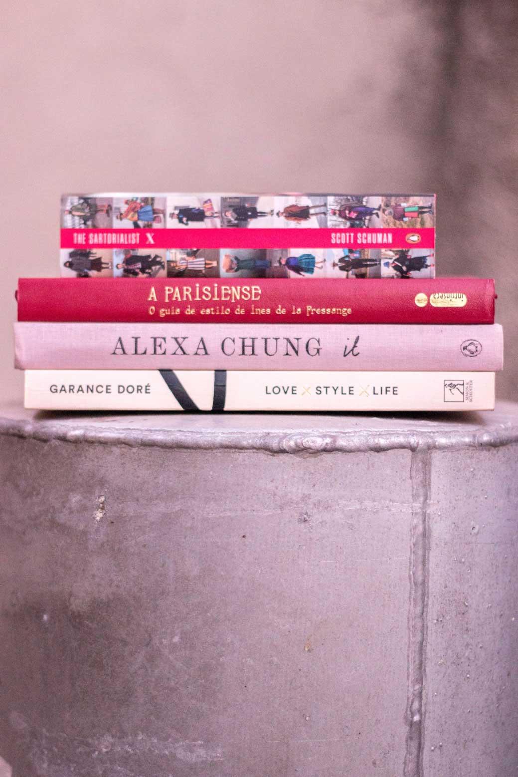 Pilha de livros para ler