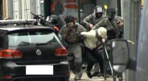 Salah Abdeslam blessé et arrêté, opérations toujours en cours à Molenbeek