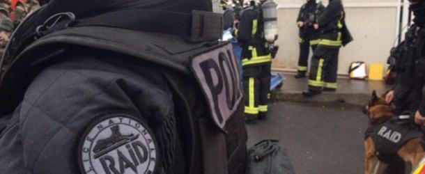 Aéroport d'Orly : un homme abattu, le parquet antiterroriste saisi