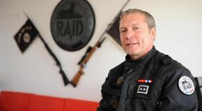 L'ex patron du RAID publie un livre sur les attentats et son limogeage