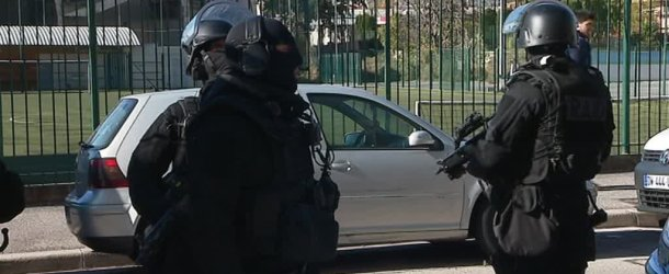 Un forcené retranché chez lui à Nice : le quartier Saint-Roch bouclé