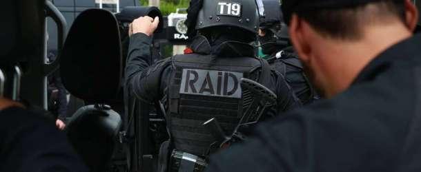 Le RAID intervient pour maîtriser le forcené armé retranché à son domicile de Beauchamp