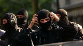 Le RAID intervient pour maîtriser un forcené retranché chez lui à Bourges