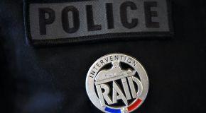 À Belfort, le RAID interpelle un homme qui s'était retranché chez lui avec son fils