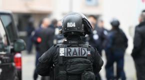 Les Sables-d'Olonne : le RAID intervient et interpelle un homme retranché chez lui