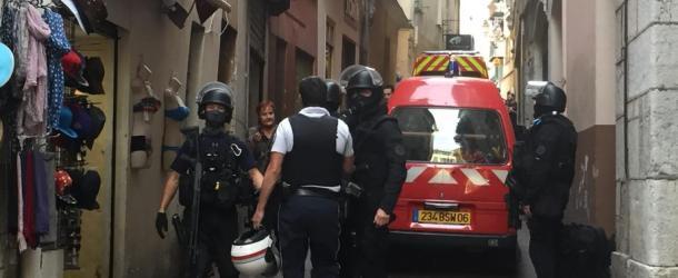 Le forcené maîtrisé par le RAID, le dispositif policier levé à Nice