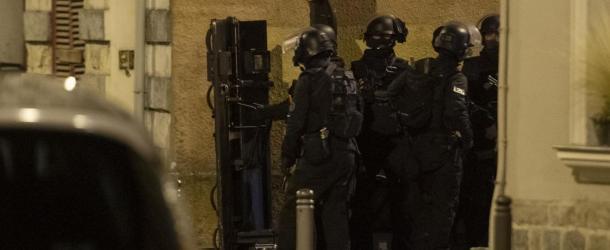 Douai : Retranché chez lui, il tire dans la rue une dizaine de fois, le RAID le maîtrise et l'interpelle