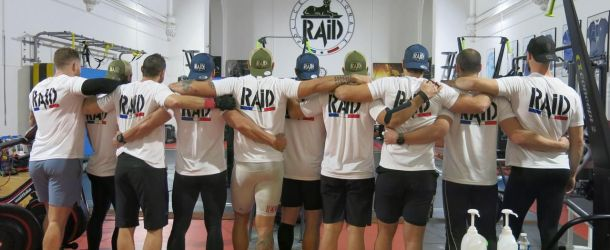 Bièvres : les policiers du RAID mouillent le maillot pour le Téléthon