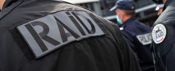 Seine-et-Marne: à Emerainville, l'auteur présumé des coups de feu mortels s'est rendu au RAID