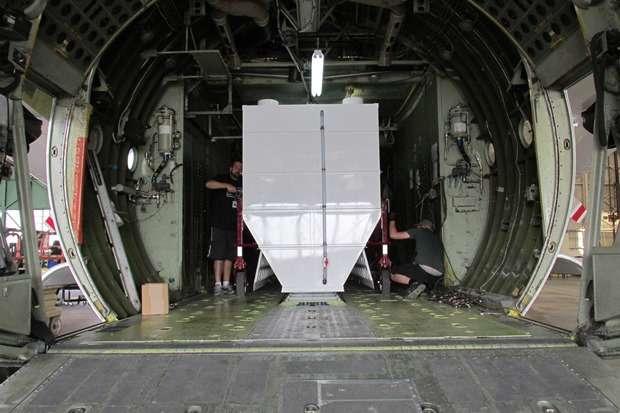 C-130 retardant tank unload