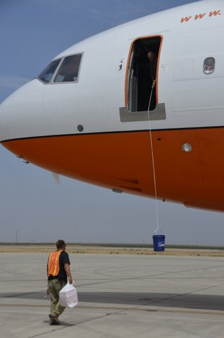 Tanker 911, a DC-10, at Castle Airport