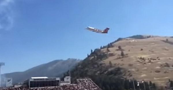 BAe-146 flyover UM
