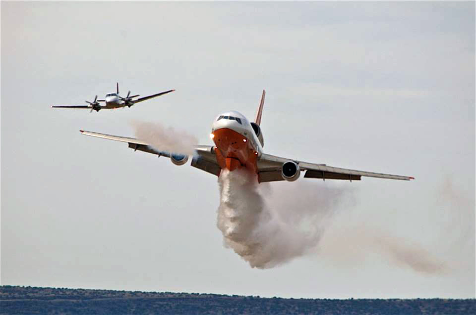 DC-10 air tanker conducts spring training then is activated a month early