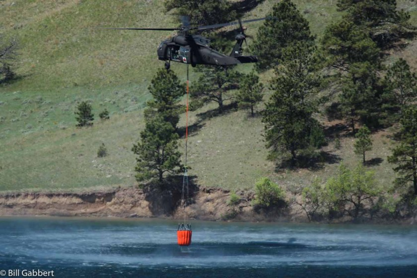 blackhawk helicopter fills bucket