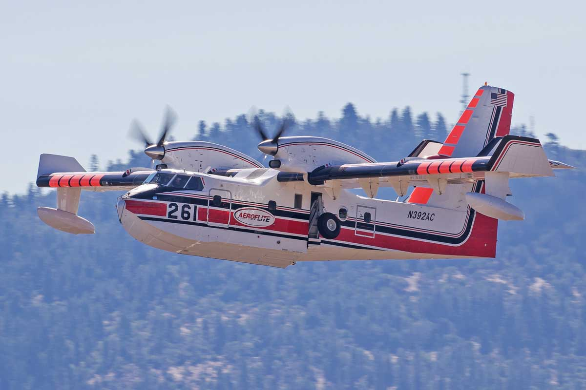 Forest Service cancels contract for scooper air tankers