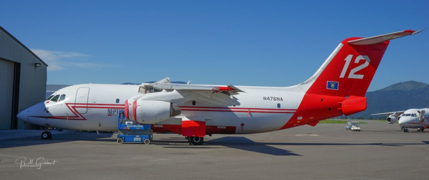 tanker 12 Neptune Aviation air tanker wildfire