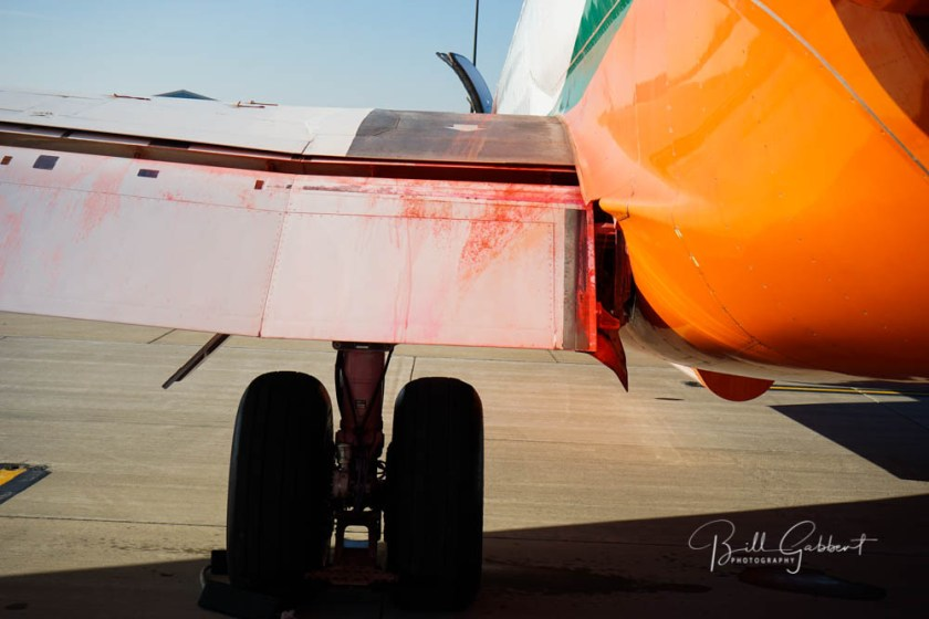 MD-87 retardant wing engine failure