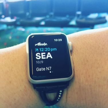 Time for another travel day! I love this @alaskaair app from Alaska. It makes my day so much easier. #lymetraveler #applewatch #appsthatrock #travelday.jpg