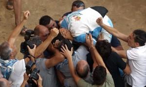 Siena, il giorno del Palio Onda vince la Carriera