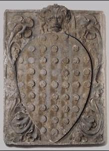13世紀中頃から栄えた「両替商組合」のシンボル