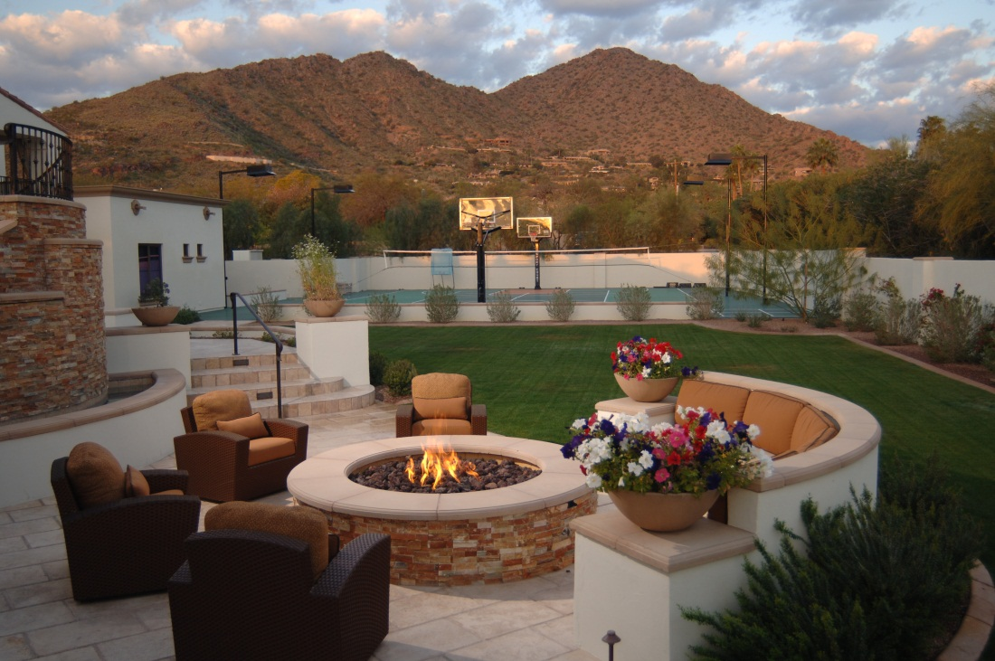 5 Absolutely Stunning Custom Fire Pit Designs I Wish I ... on Fireplace In Yard id=45144