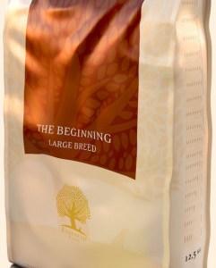 Essential The Beginning Large Breed 12,5 kg - BEMÆRK: pga ekstraordinært salg, kan der forventes nogle få dages ekstra leveringstid.