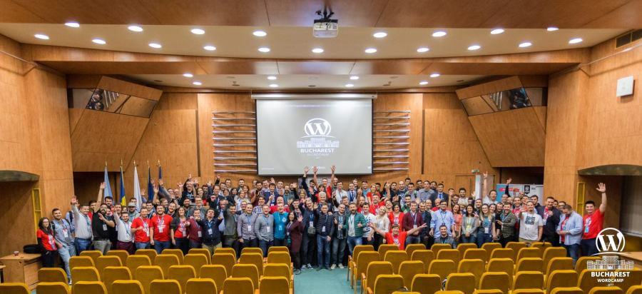 WordCamp Bucharest 2017 ending photo