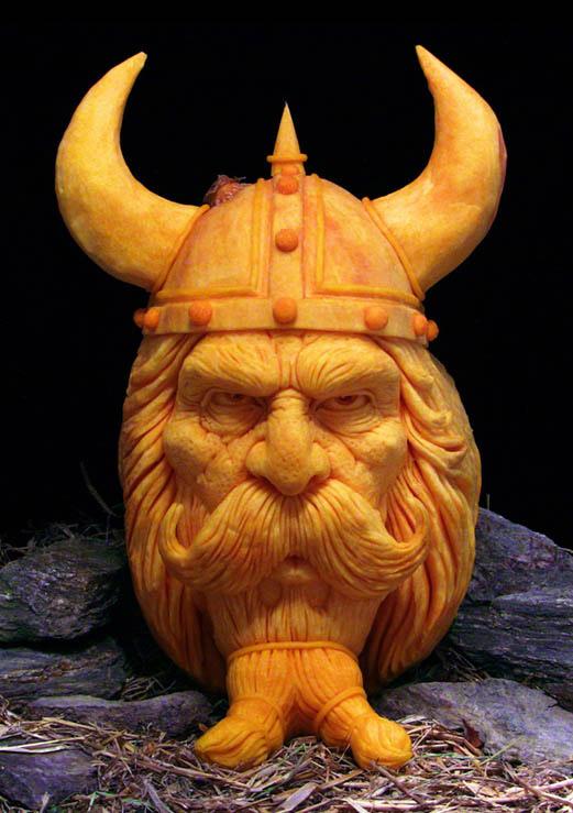 MindBlowing-Pumpkin-Carvings-by-Ray-Villafane-7