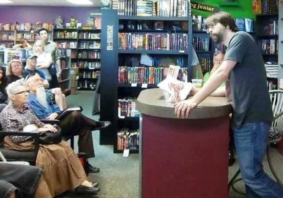 Joe Hill at Mysterious Galaxy Bookstore (8)