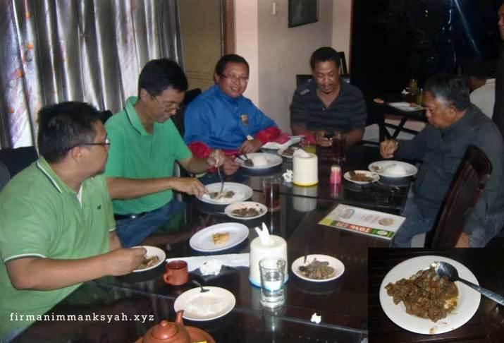Makan Kambing Gongso dengan Chaerul Umam