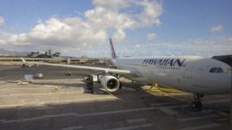News Hawaiian Airlines 330 - 32 cent hot dogs - More