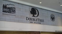 DoubleTree Hotel Chicago Magnificent Mile