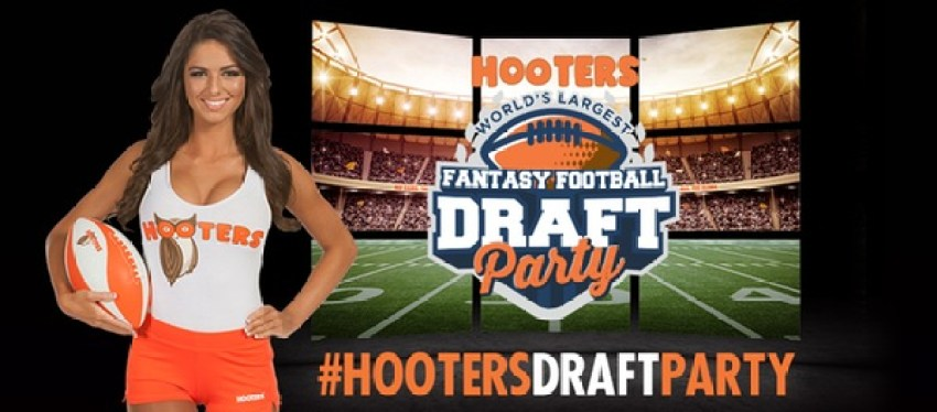 hootersfantasyfootballparty