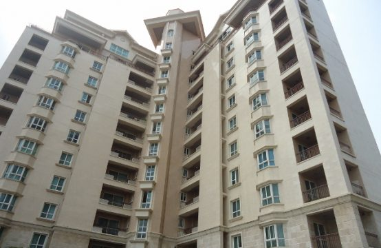 Luxury 4 Bedroom Apartment (10th Floor) with Excellent Facilities