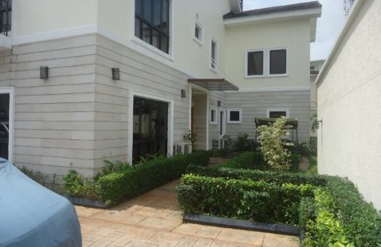 Fully Furnished Luxury 5 Bedroom Detached House