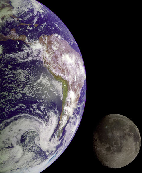Earth_and_Moon_-_GPN-2000-001437