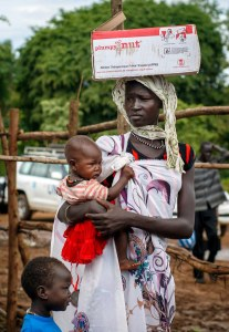 Refugees from South Sudan receives emergency assistance at Kule refugee camp in Gambela region of Ethiopia 12 August 2014. USF Board members visits Ethiopia ©UNICEF Ethiopia/2014/Ose. Used under Creative Commons license