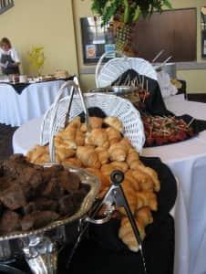 Roast and Fruits Fondue