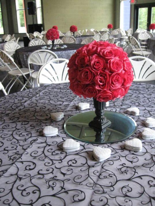 Roses Centerpieces