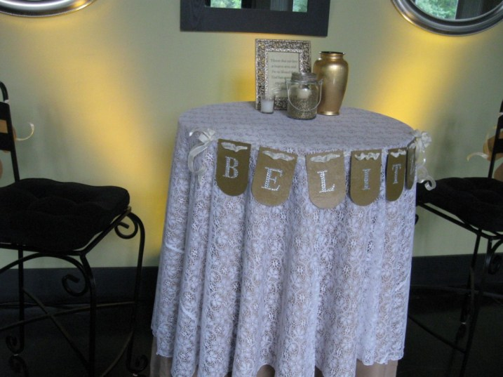 Bride /Groom Table