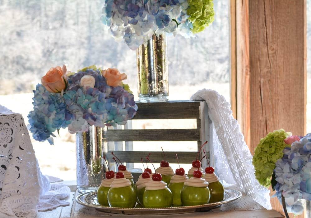 Caramel Buttercream Grannysmith Apples